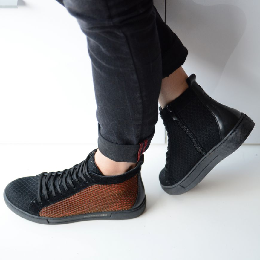RED FIRE SNEAKERS