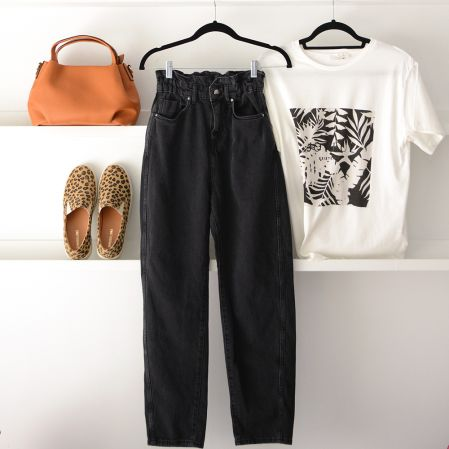 BLACK BUGGY JEANS