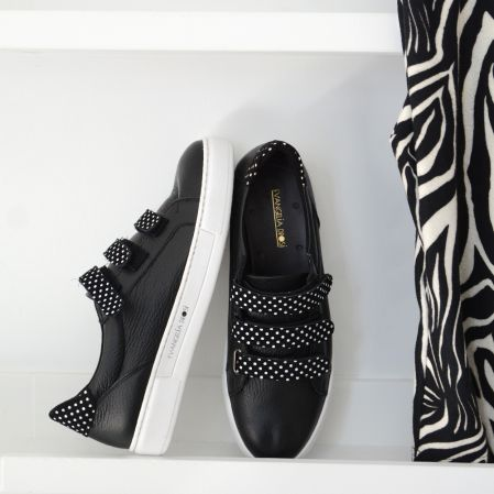 BLACK DOTS SNEAKERS